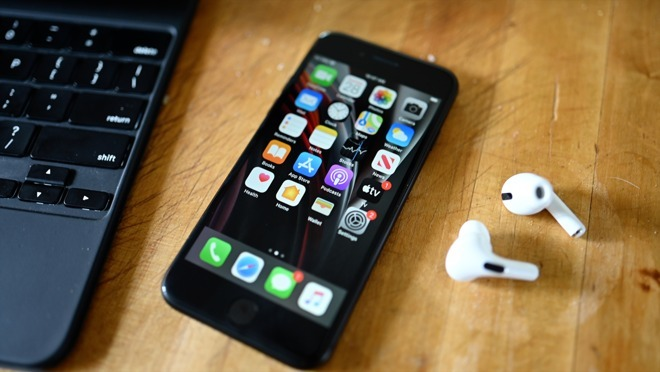 iPhone SE, traccia dei contatti e Magic Keyboard per iPad