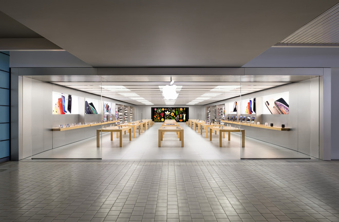 Image of article 'Apple to begin reopening stores in US next week'