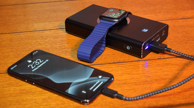 Charge up to five devices at once using the Flash 2.0