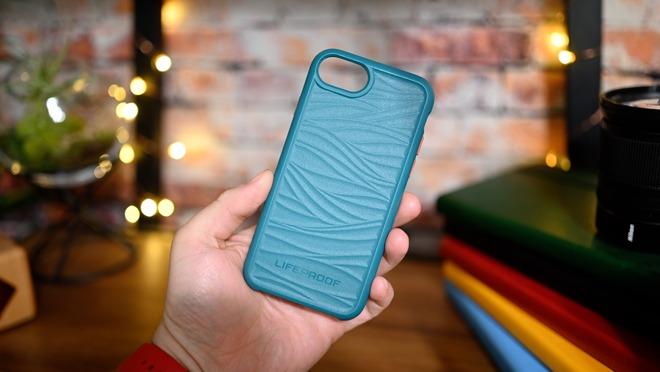 Lifeproof Wake iPhone SE case