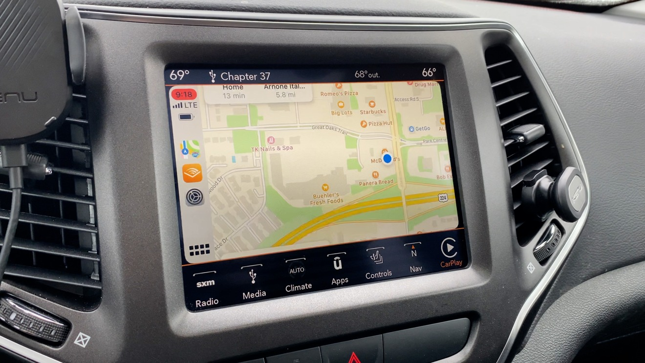 Maps in iOS 14 CarPlay