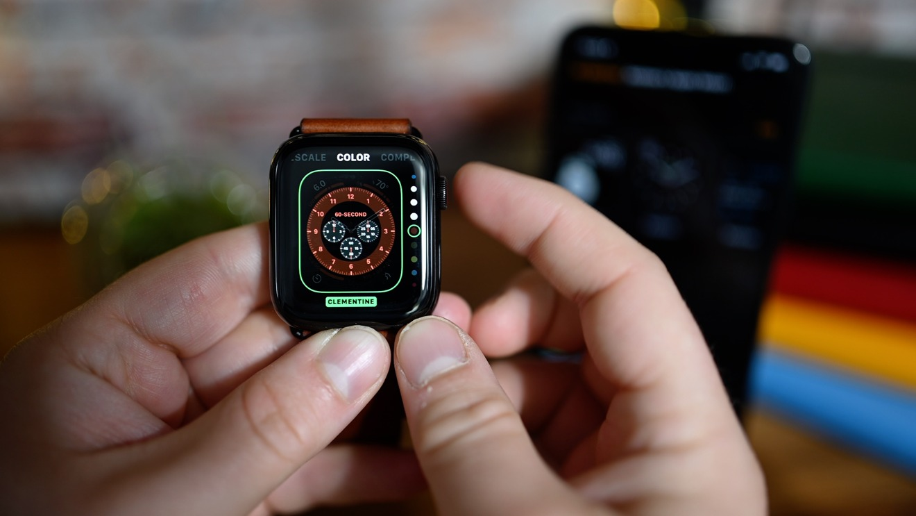 Choosing colors for watch faces with watchOS 7