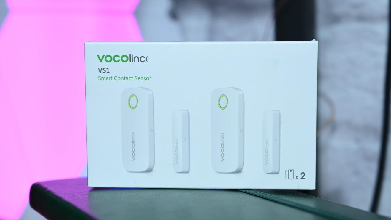 The box of the VOCOlinc VS1