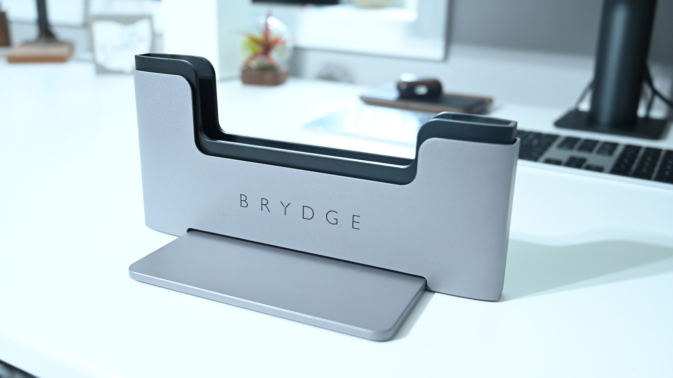 Brydge Vertical Dock