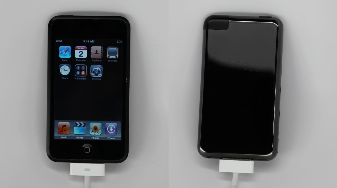 Unreleased first-gen iPod touch shown with Mac Pro-like black coating
