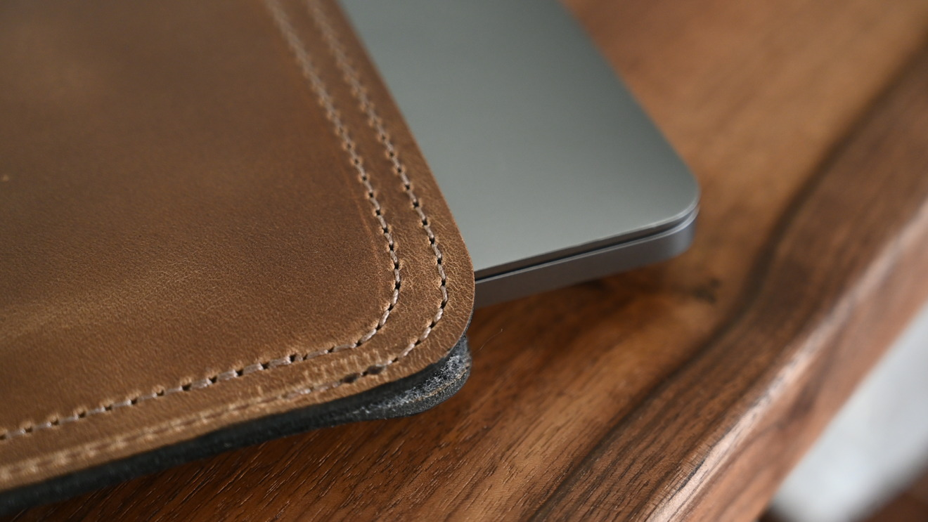 Clayton and Crume leather MacBook Pro sleeve has gorgeous detail work