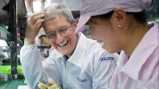 Tim Cook visiting a Foxconn assembly line in China