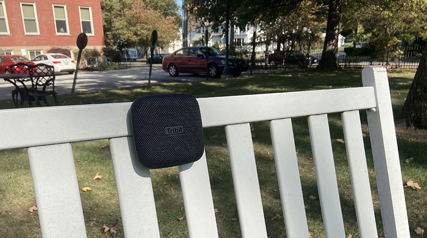 Secure it to a bench, bike handlebars, patio furniture, and more