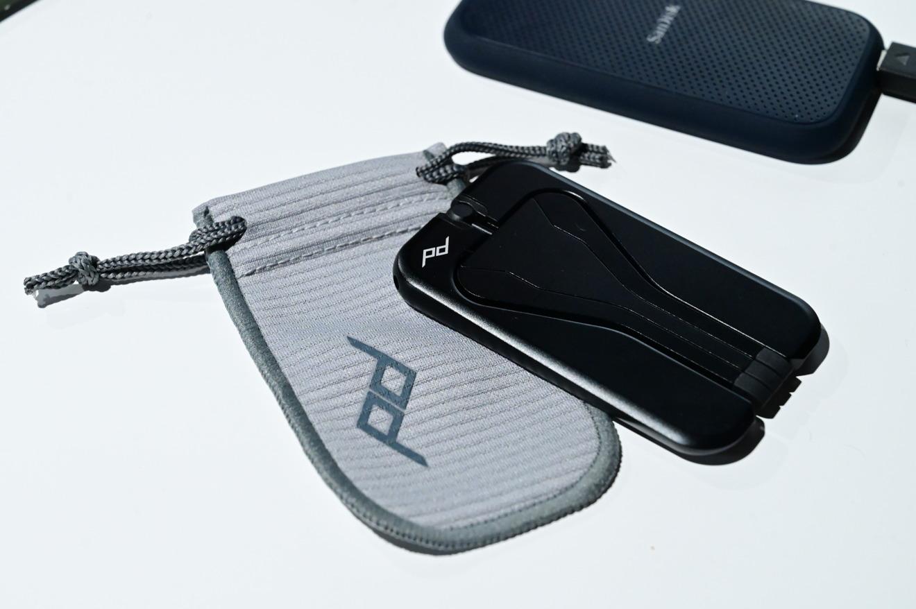 Peak Design Mobile Tripod and pouch