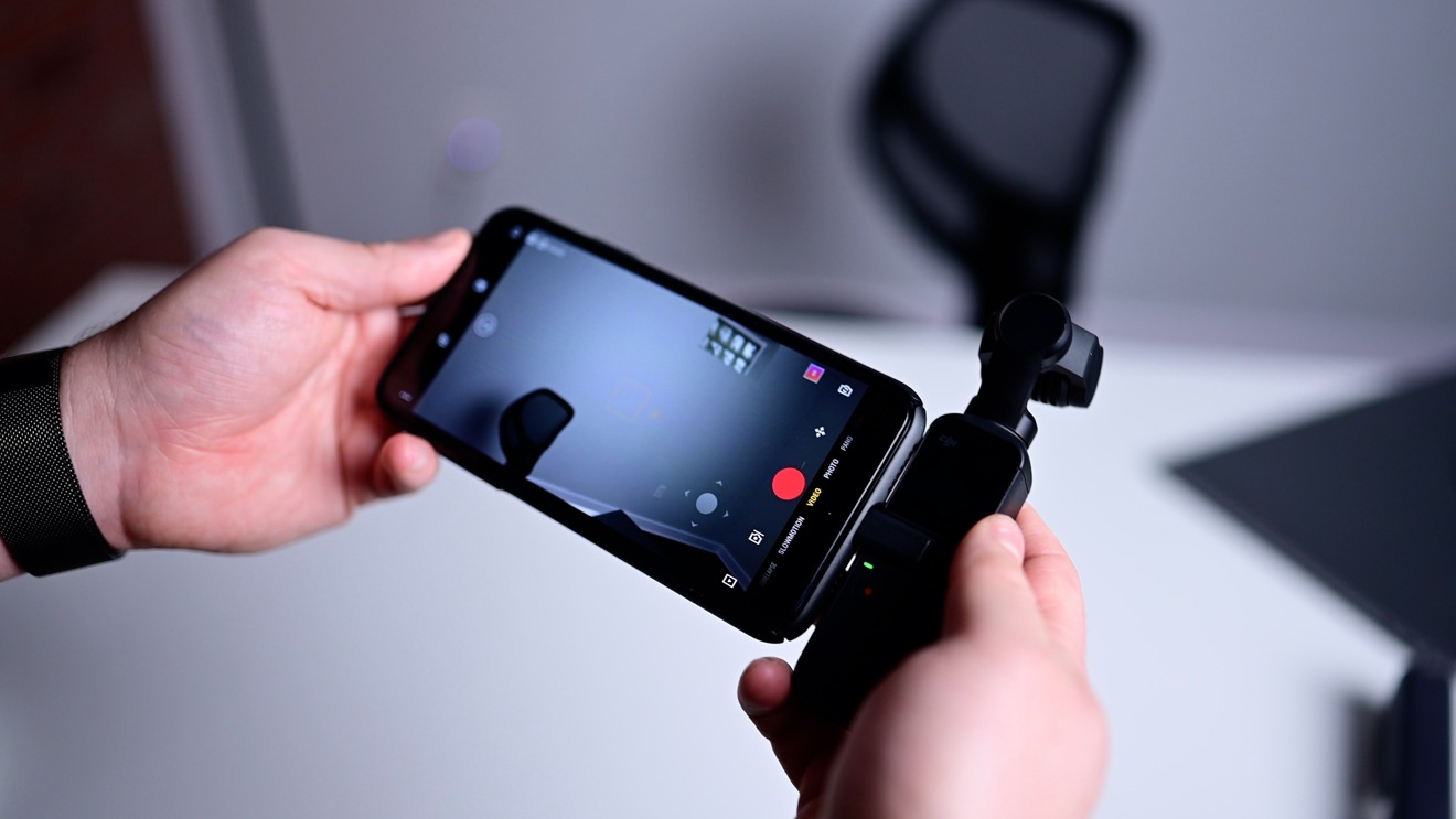 DJI Pocket 2 connected to iPhon