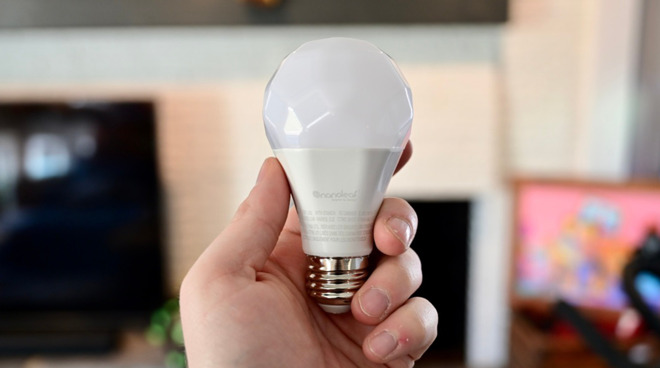 The new Nanoleaf Essentials Bulb that supports Thread
