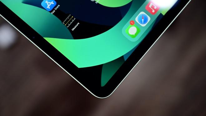 Liquid Retina display with tap-to-wake on iPad Air 4