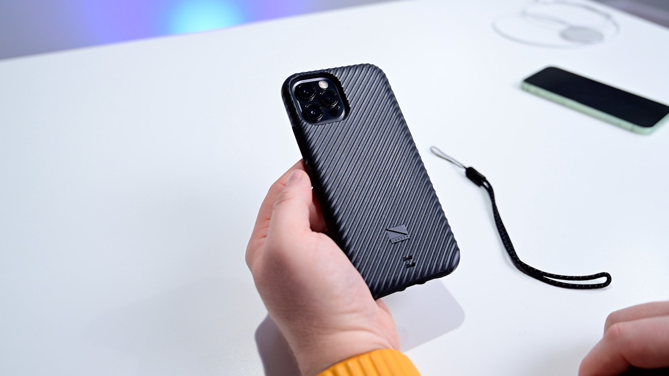 Lander Vise case for iPhone 12 and iPhone 12 Pro