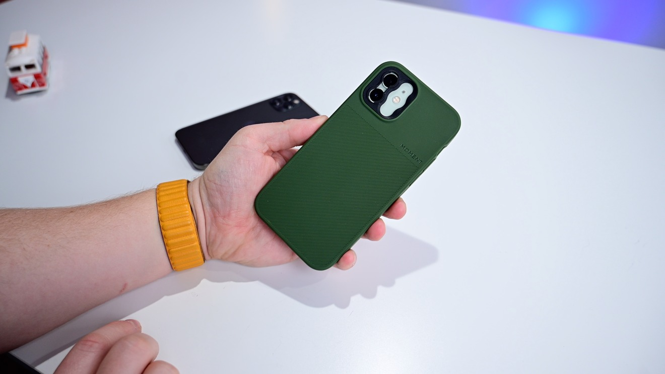 Moment's Thin case for iPhone 12 and 12 Pro