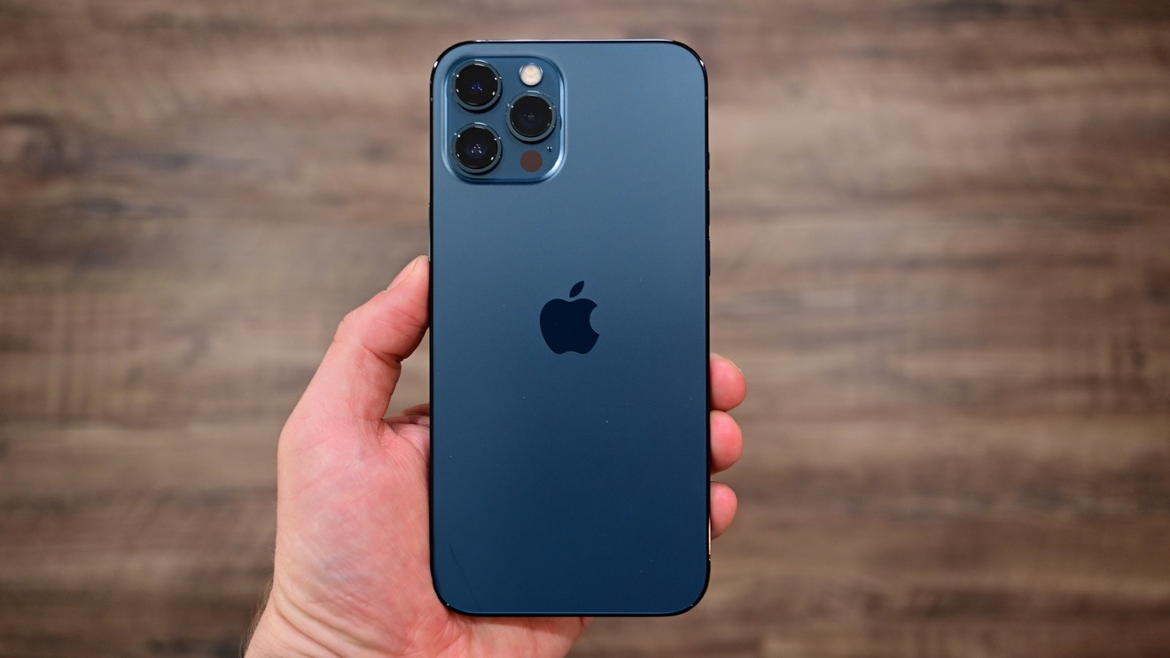 Hands On Iphone 12 Pro Max In The Real World Appleinsider