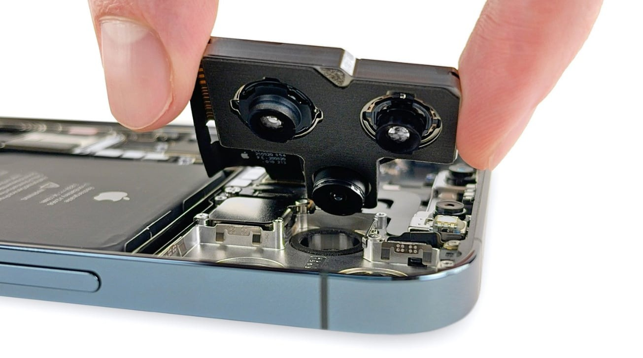 The iPhone 12 Pro Max's camera module, with a larger section for the wide-angle camera [via iFixit]