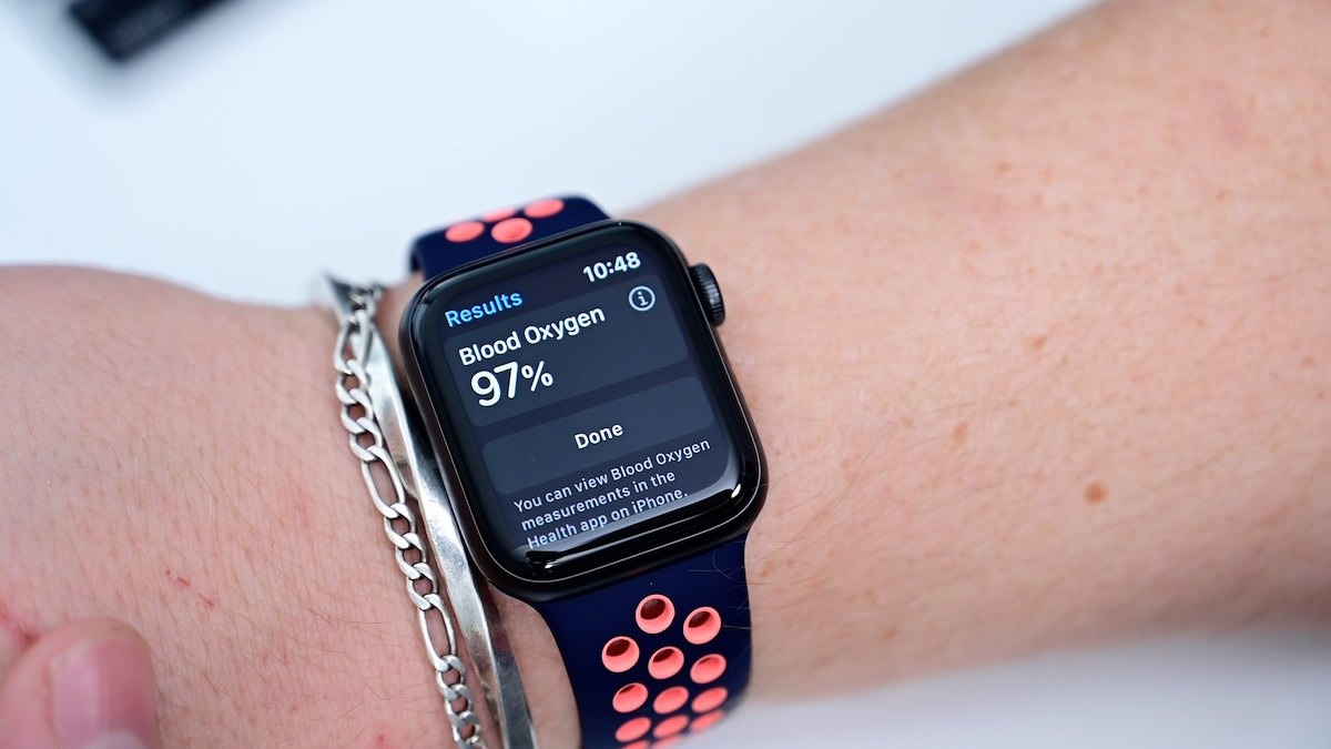 Apple Watch may be able to detect coronavirus infection days before tests can