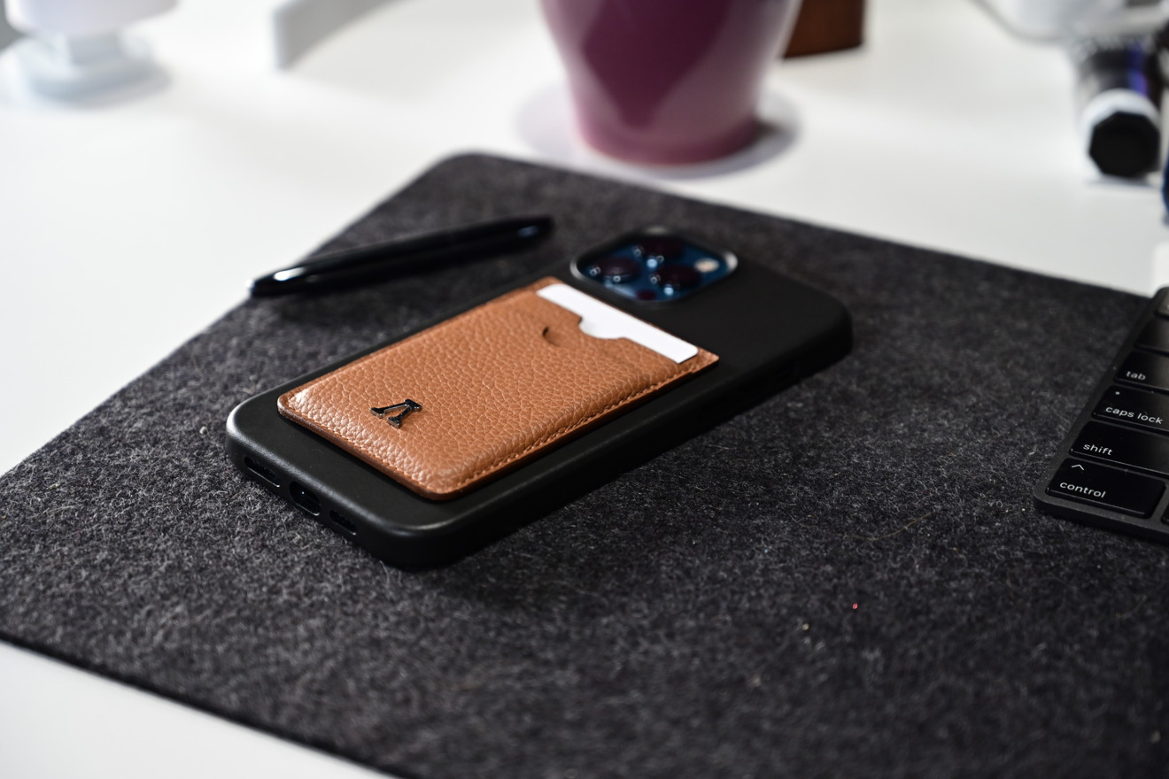 Labodet wallet in Apple's iPhone 12 Pro Max leather case