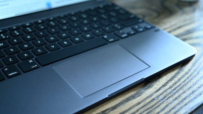 The large trackpad on the Brydge Pro+