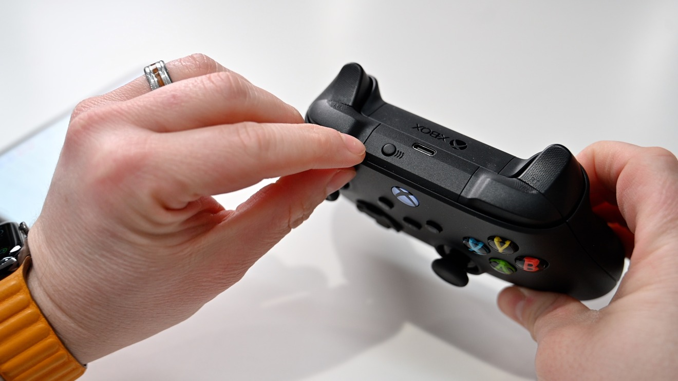 Pairing Xbox Wireless Controller