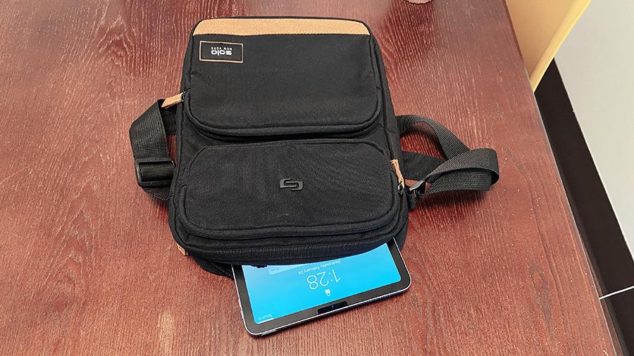 Bag with iPad