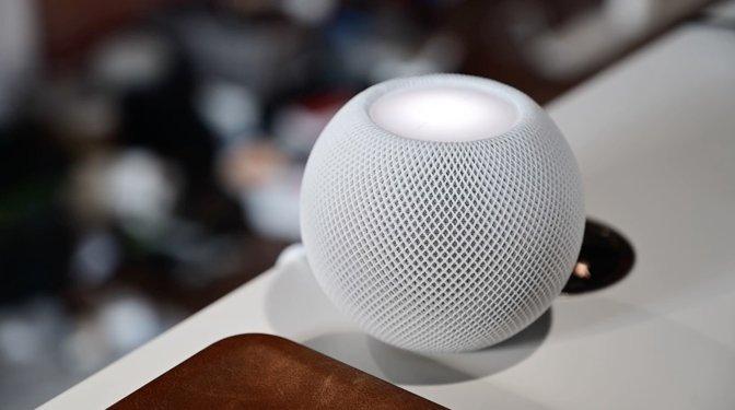 HomePod chimes when someone presses the button on the Circle View video doorbell