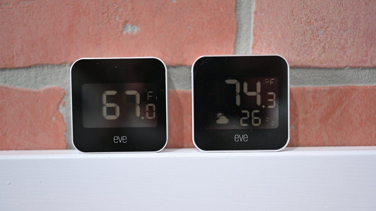 Eve Degree (слева) и Eve Weather (справа)