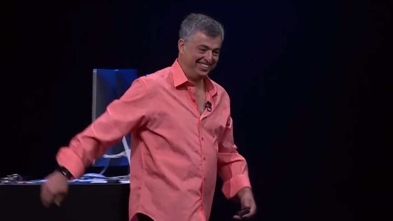 SVP Internet Software and Services, Eddy Cue
