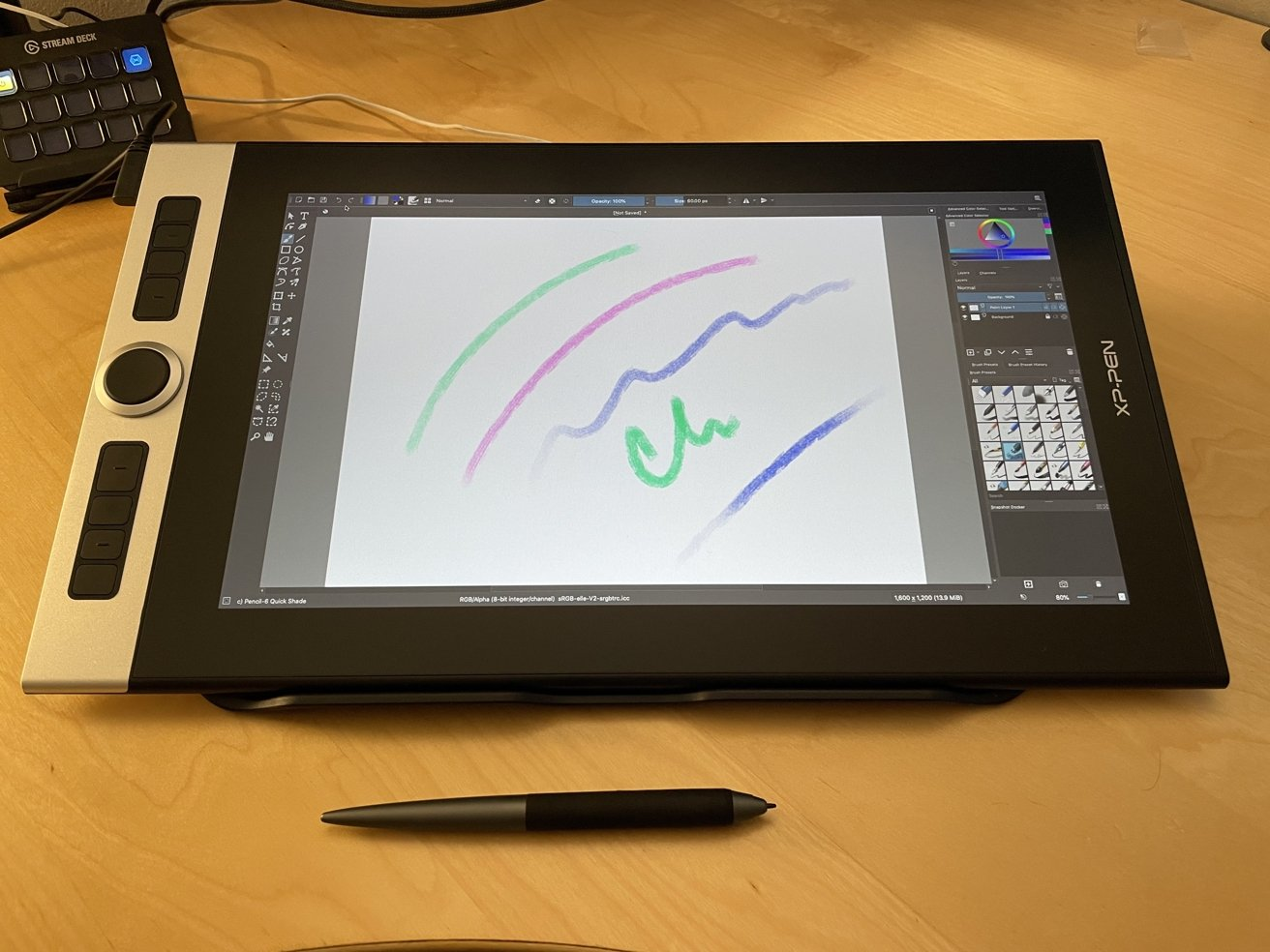Approximately 8,192 levels of pressure sensitivity are offered by the tablet for drawing.