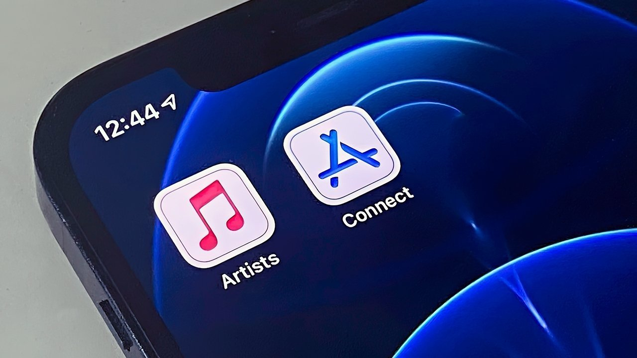 Updated iconography in two iOS apps may hint at a design overhaul spanning multiple platforms