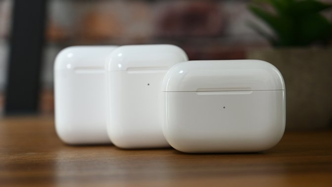 New firmware is available for the AirPods and AirPods Pro