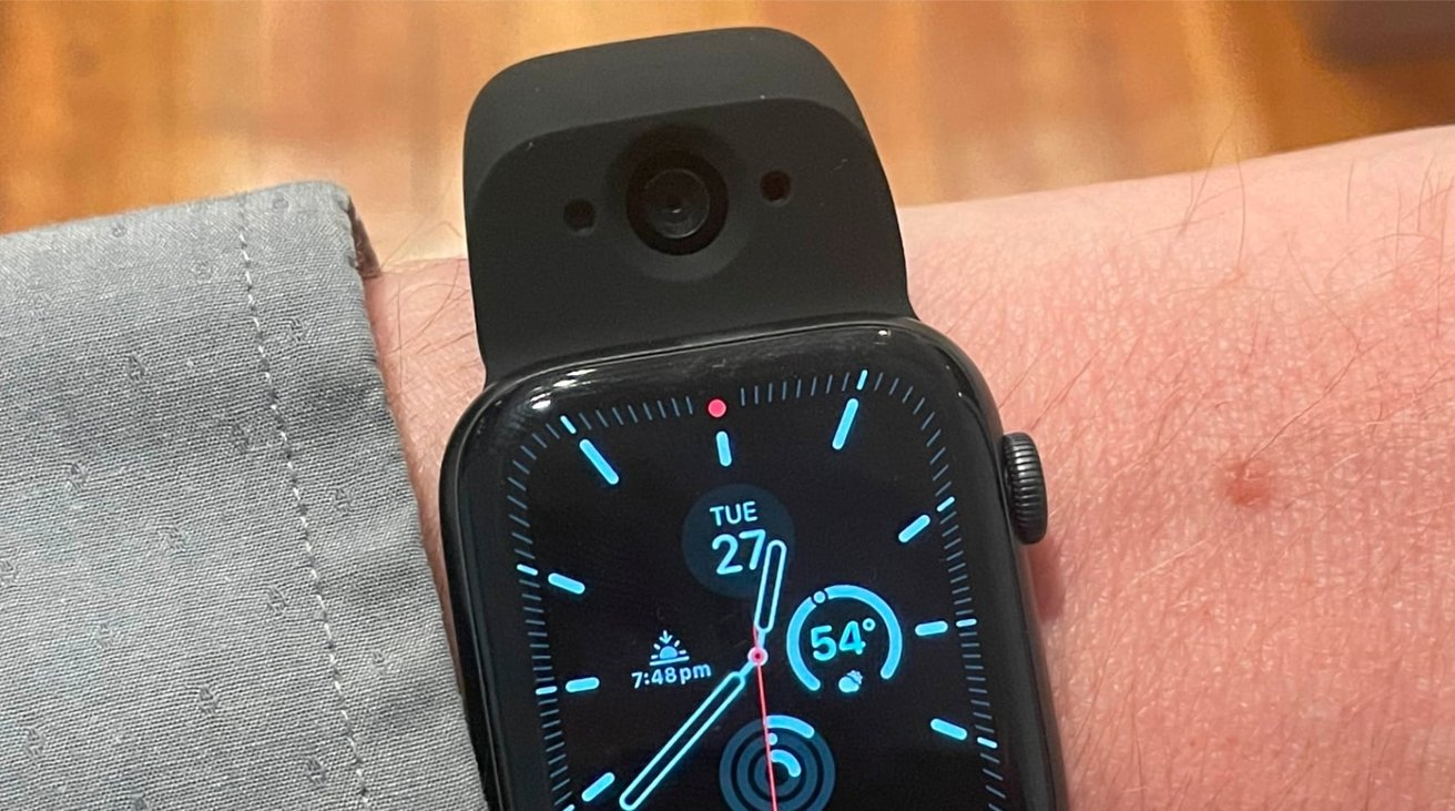 photo of Hands On: Wristcam, an Apple Watch band with dual cameras image