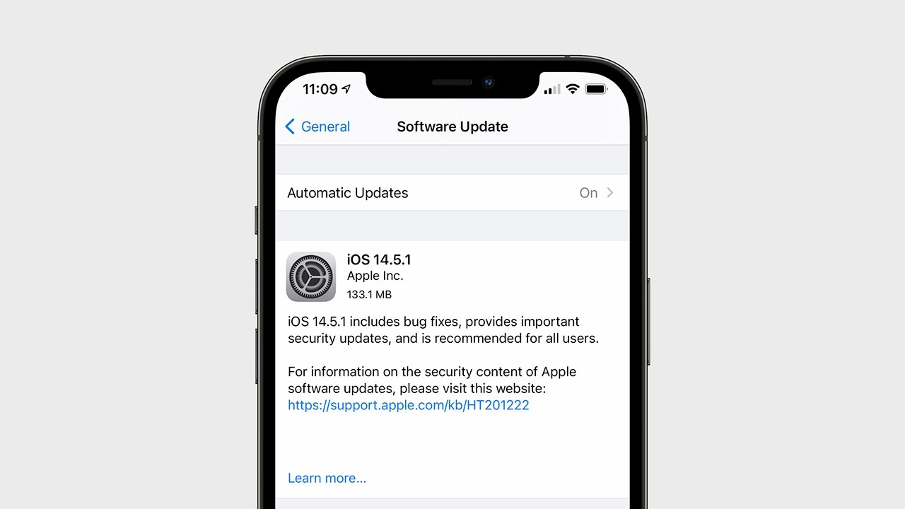 Apple's update fixes a bug where some users would see the App Tracking Transparency toggle grayed out