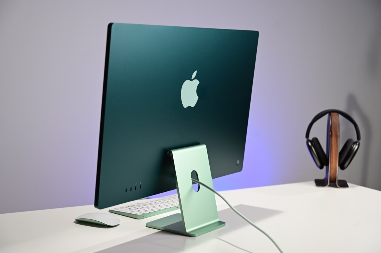 The thin design of the 24-inch iMac is especially evident from the rear.