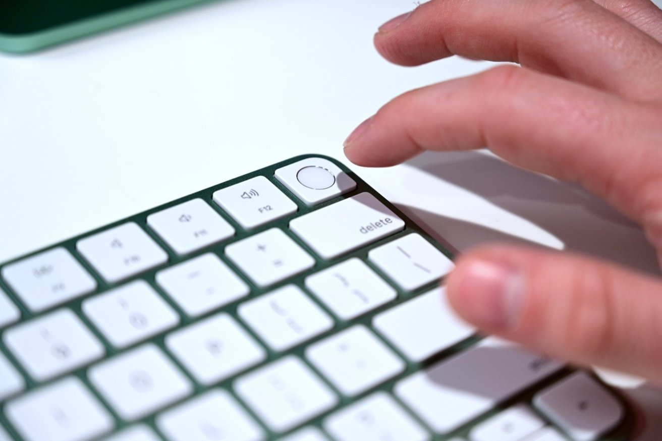 Depending on the model, the Magic Keyboard can include built-in Touch ID.
