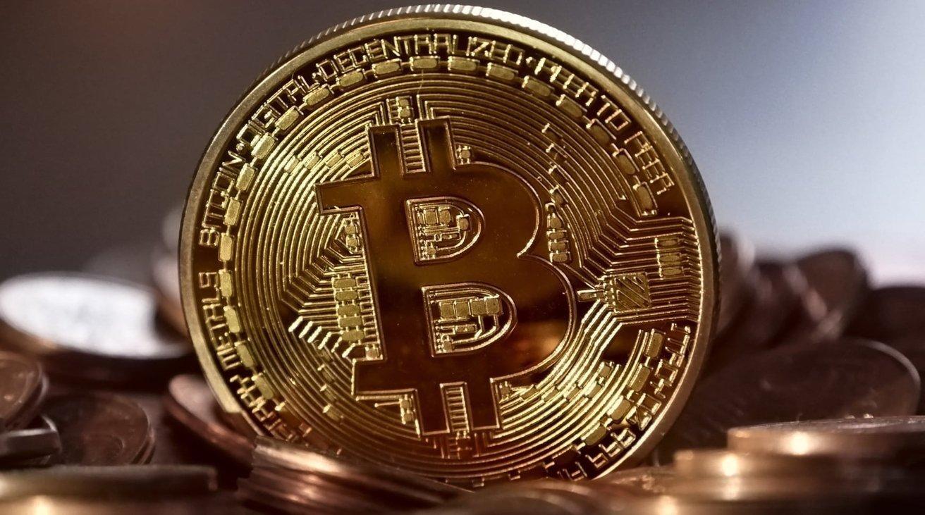vaikinas išmeta bitcoin kietąjį diską amazon moka bitcoin