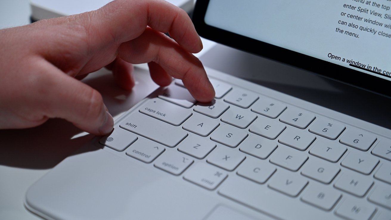 Using a keyboard shortcut to open a Quick Note