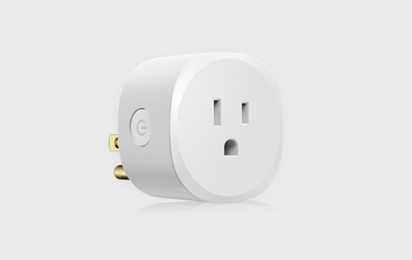 Brilliant smart plug