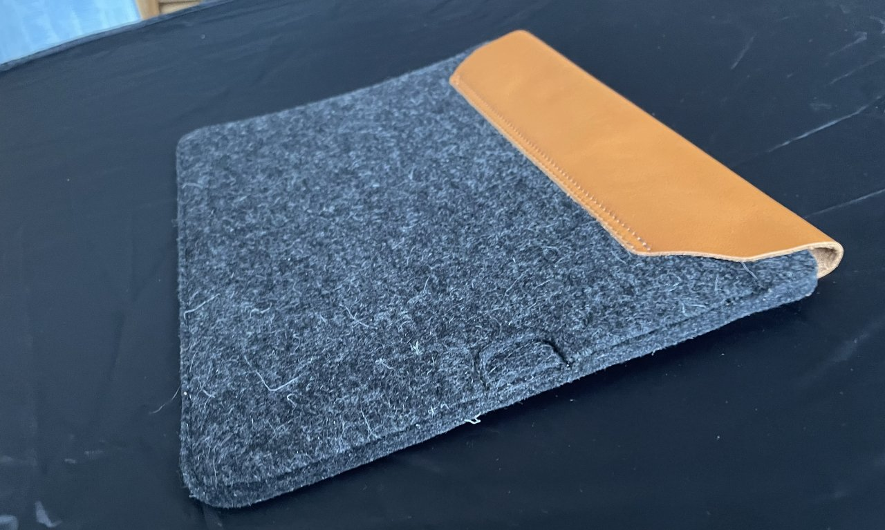The rear and interior are made from dense wool.