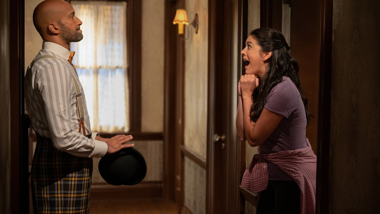 Episode 2. Cecily Strong and Keegan-Michael Key in