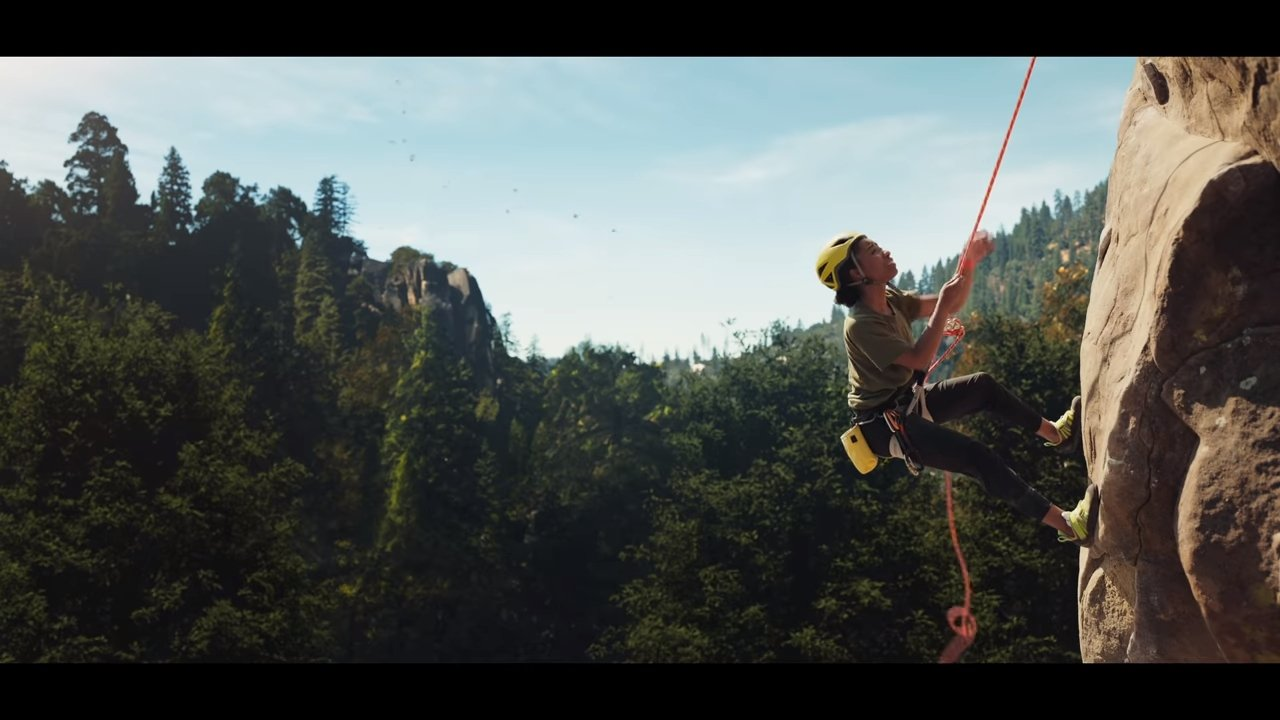 photo of Apple Watch Series 6 ad encourages users to set summer goals image