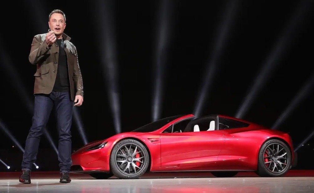 Elon Musk takes jabs at Apple during Tesla earnings call