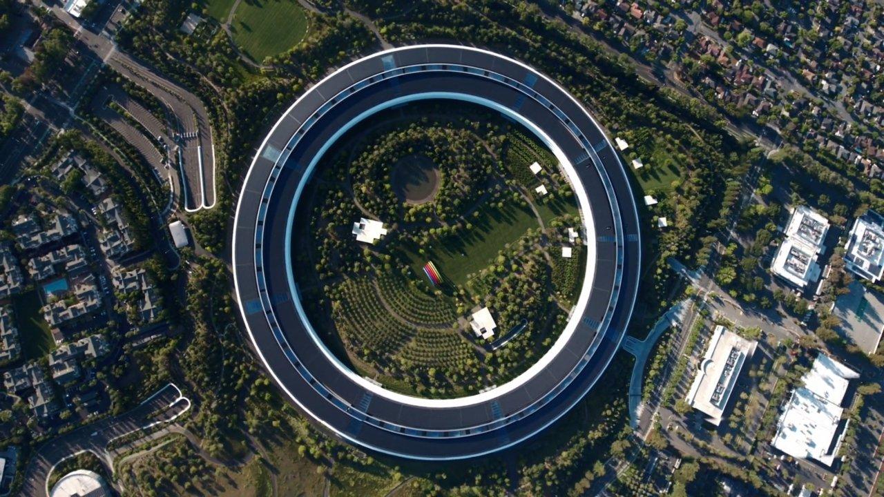 Apple return to work plan pushed to October