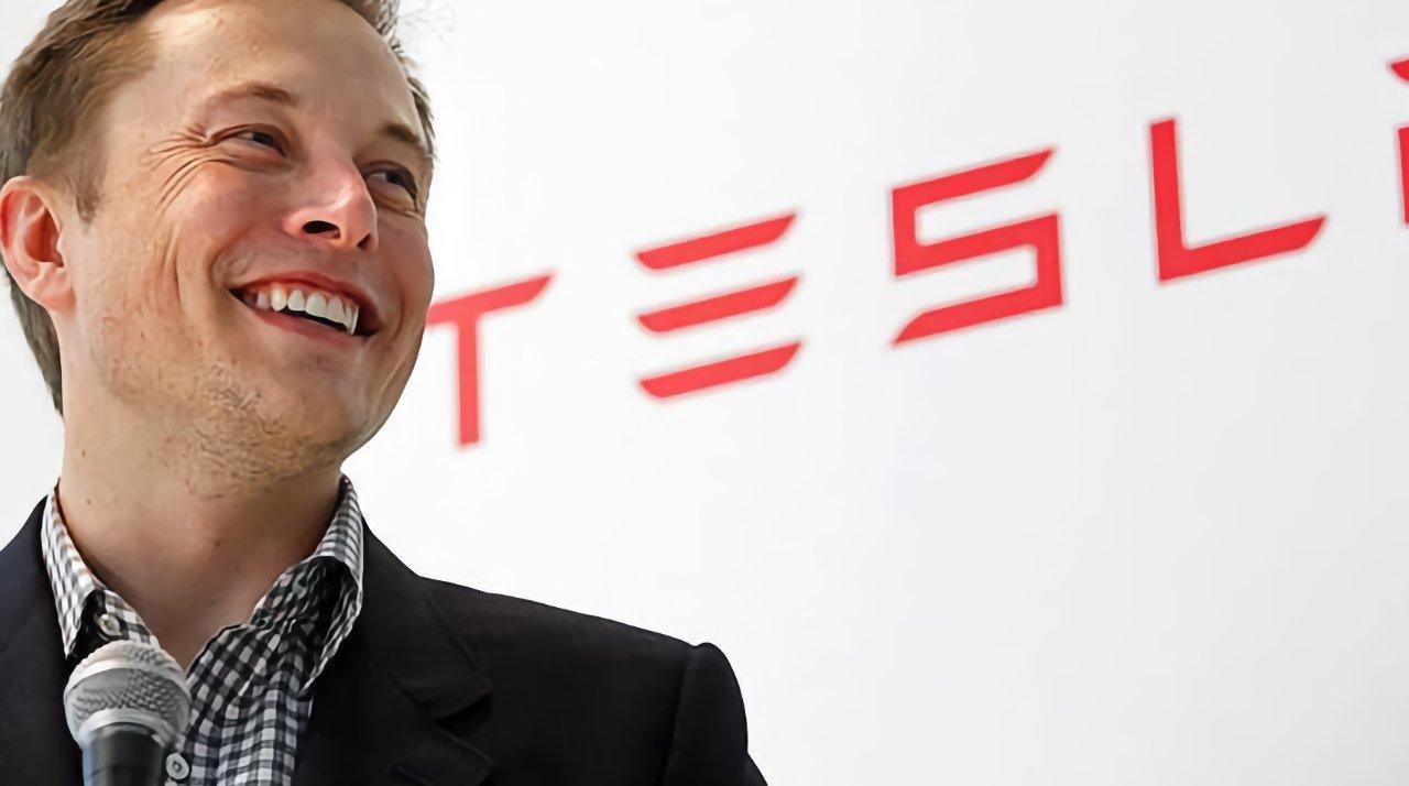 Tesla's Elon Musk backs Epic, calls App Store fees a 'de facto global tax' [u]