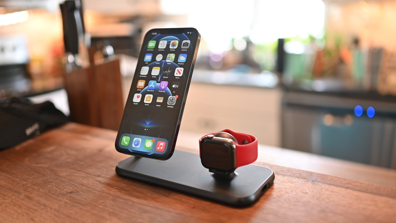Zens Aluminum Magnetic 4-in-1 charger
