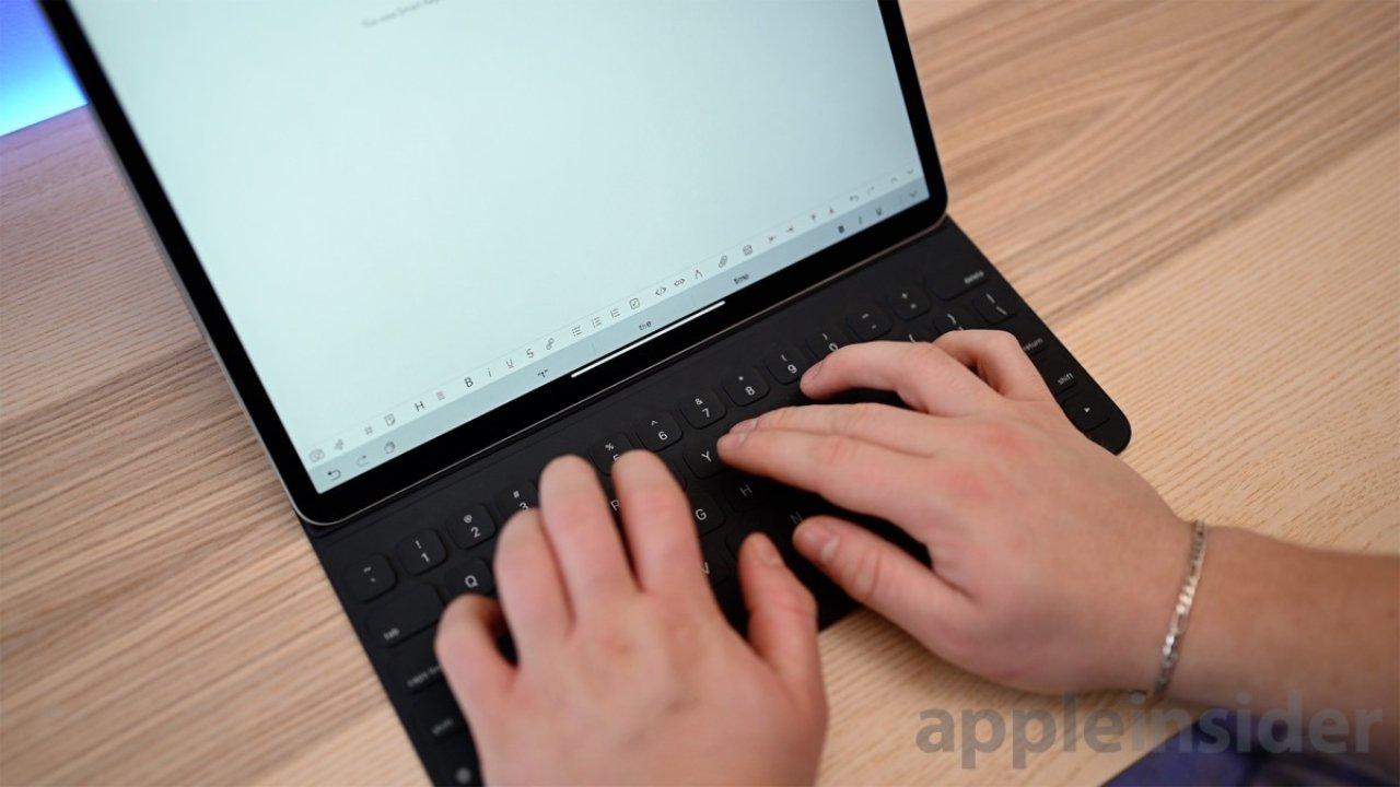 Almost $80 off Apple Smart Folio Keyboard
