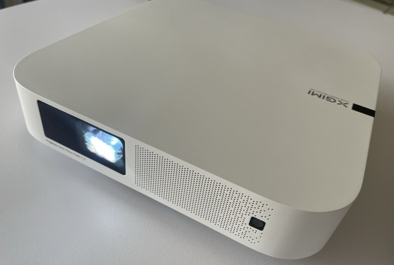 About the size of a Mac mini, the XGIMI Elfin projector is compact and light