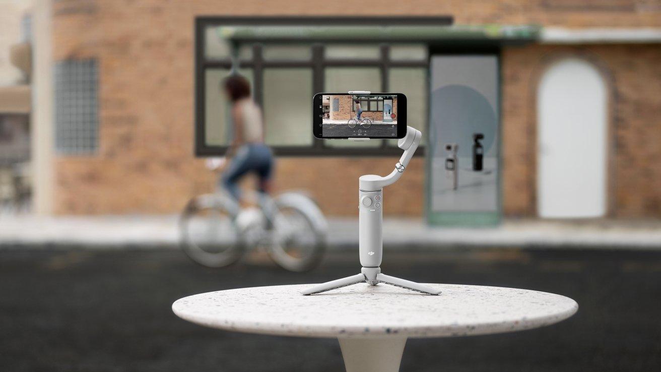 New DJI OM 5 photography stabilizer released with smaller design |  AppleInsider