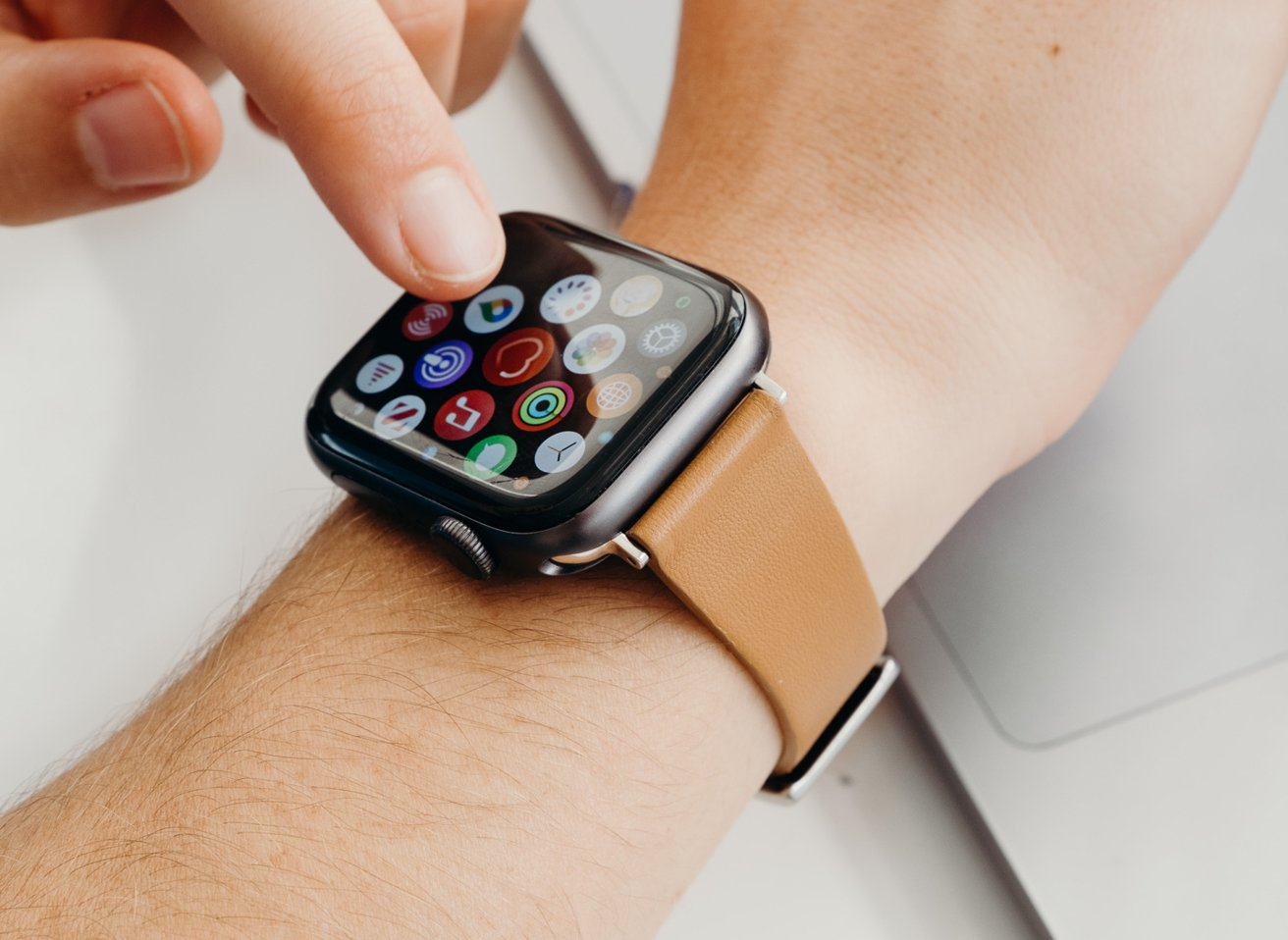 The new Moment Apple Watch strap