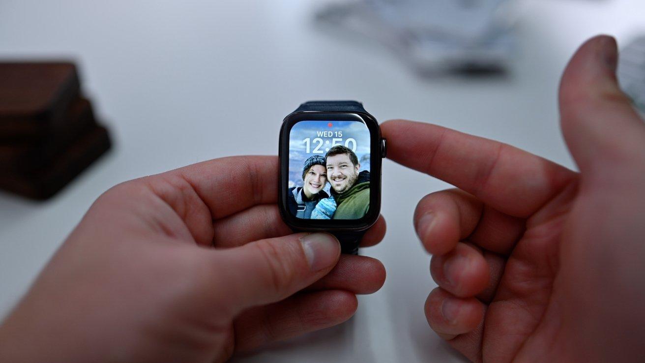 Portrait face on Apple Watch